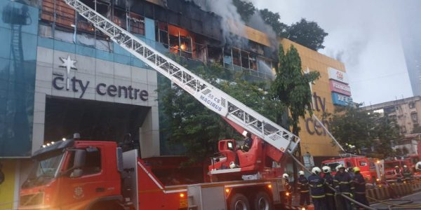 Mumbai mall fire: 300 rescued, 3500 evacuated from nearby tower