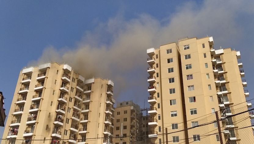 Fire breaks out at Soaltee City Apartments, Rabibhawan