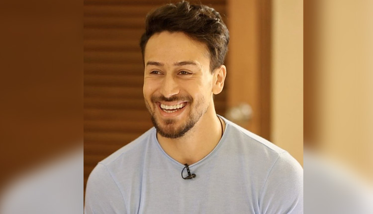Tiger Shroff announces his next- 'Heropanti 2' on his birthday